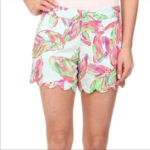 Lily Pulitzer | Buttercup scallop hem shorts Sz 8